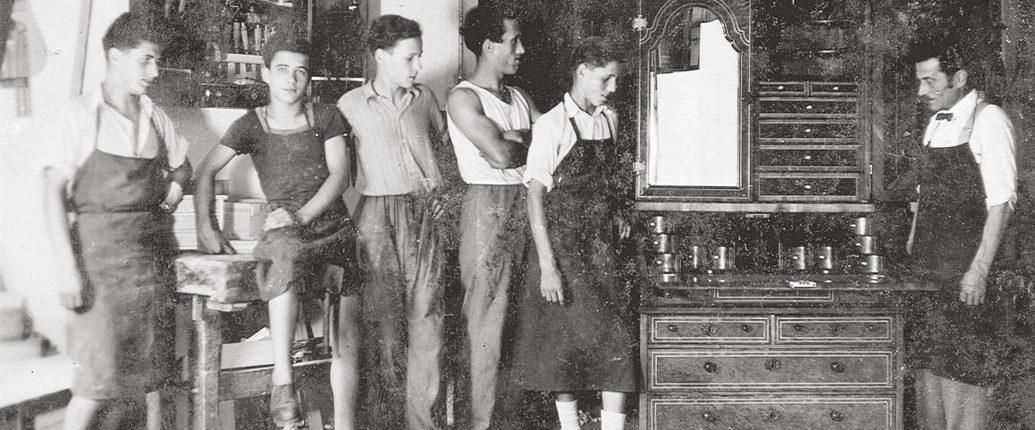 Tischlerei Gombocz aus Hall in Tirol um 1950